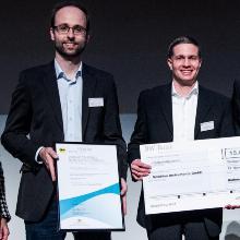 Verleihung des Innovationspreises 2018 des Landes Baden-Württemberg an Dr. Michael Schlagmüller (links) und Dr. Helmut Fedder (rechts) von Swabian Instruments
